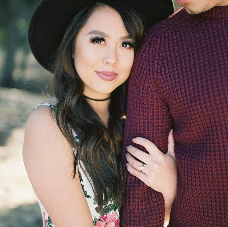 Outdoorsy Engagement | Iza + Carlos